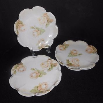 R.S. Germany Dessert Plates Set Of 5 Pale Roses Scallop Edges 1912-1945 Fine Dining Entertaining Floral