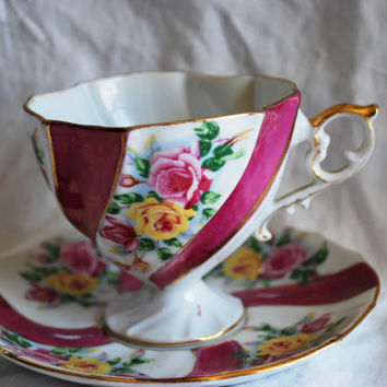 Tea cup in Porcelain from Japan , Vintage Tea Cup and Saucer with Roses