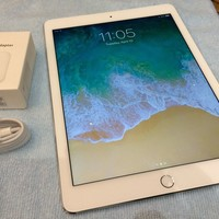 Apple iPad Air 2 64GB, Wi-Fi, 9.7in - Silver A1566 MGKM2LLA