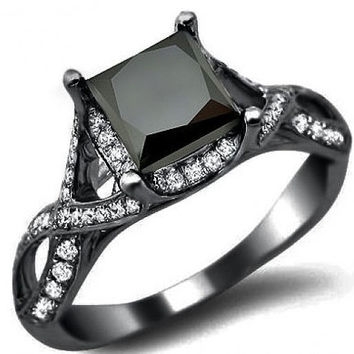 3.00 ct  Princess Cut Black diamond Solitaire ring with White Diamonds in 14 K Black Gold