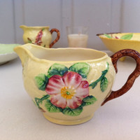 Beautiful, Carlton ware, yellow, wild rose milk jug/creamer!!!