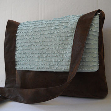 Messenger Bag / Crossbody Bag / Tote Bag in Blue Ruffle
