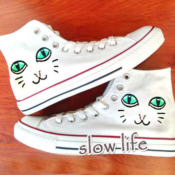 Poppy Cat-painted shoes/Converse canvas shoes/Custom canvas shoes/Sneakers/graffiti shoes/ gifts/Converse Short Bootie/cat shoes