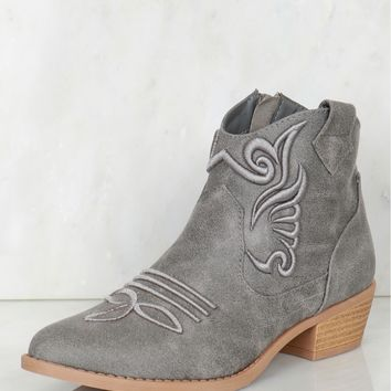 Embroidered Cowboy Boots Ash Grey