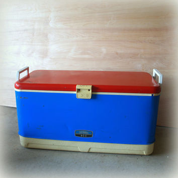 Retro RED WHITE and BLUE Vintage 1960s Ice Chest 60s Large Thermos Cooler Industrial Metal Chippy Paint, Handles and Fabulous Charm