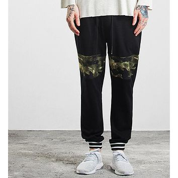 COULHUNT Men Camo Spliced Pants 2017 High Street Military Simple Stitching Male Trousers Fashion Skate Military Casual Pant