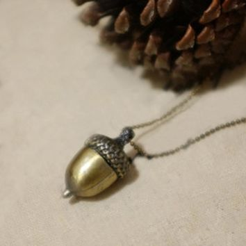 Womens Acorn Chain Necklace - Ships Free
