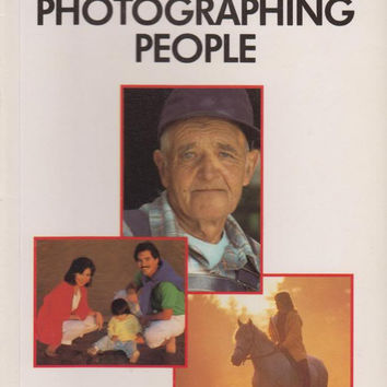 Photographing People (Kodak No Nonsense Photography Guides)