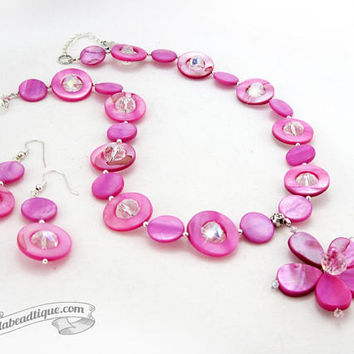 Fuchsia jewelry set pink necklace bridesmaid jewelry pink mother of pearl necklace statement flower pendant girlfriend gift for wife