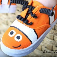 Handpainted shoes  Nemo inspired Clown fish hand by Snanimals
