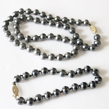 Bracelet Necklace Set Costume Jewelry Vintage Necklace Faux Grey Pearls Braclet Set Black Pearl Necklace Beaded Necklace Brass Clasp Pearls