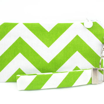 Green wristlet / chevron purse / small clutch / zipper pouch & removable key fob gift set for women in green chevron fabric