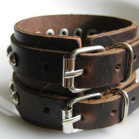 Bangle buckle bracelet leather bracelet men bracelet metal bracelet made of brown leather and double metal buckle cuff  SH-2022