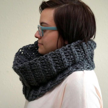 chunky cowl, chunky scarf, oversized cowl, chunky infinity, cowl scarf, loop scarf, chunky circle scarf / THE ORIN / Charcoal / Acrylic