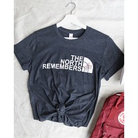distracted - the north remembers unisex tshirt in dark heather grey