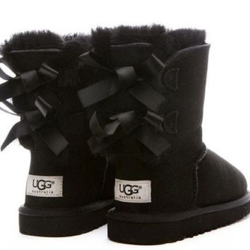 shosouvenir ?? UGG Fashion Women Bow Flats Leather Boots In Tube Boots Shoes