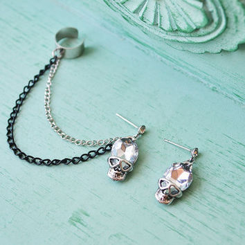 Silver Skull Ear Cuff by oflovelythings on Etsy