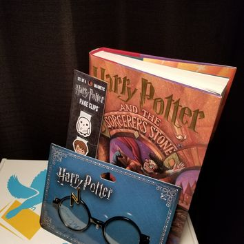 Harry Potter and the Sorcerer's Stone (Harry Potter Series #1) Box Set