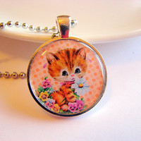 Orange Tabby Cat Holding a Daisy Flower Pendant Necklace - Paper Resin and Metal - Retro Kitsch Kawaii Kitten - With Chain