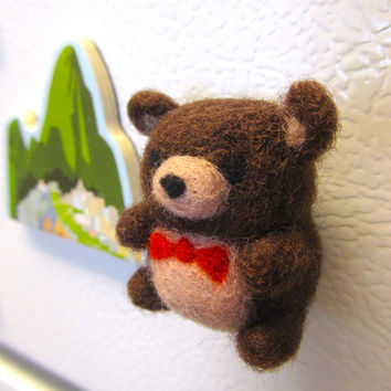Needle Felted Bear Magnet, Needle felted animals, Felt bear, Cute bear, Bear ornament, Cute magnet, Felt magnets, Woodland decor, Teddy bear