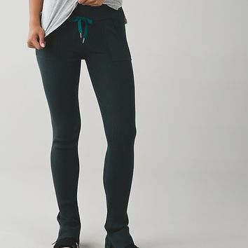 find your mantra pant | women's yoga from lululemon | winter
