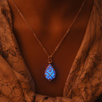 Glow In The Dark Locket Silver Hollow Glowing Stone Pendant Luminous Statement Chocker Pendants Necklace For Women