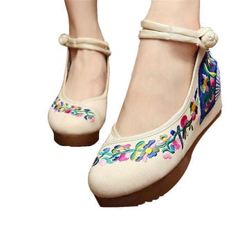 Chinese Embroidered Elevator Ballerina Mary Jane Ladies Shoes in Cotton White Folding Fan Design
