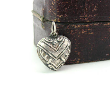 Silver Heart Charm. Sterling Puffy Embossed Pendant. Repousse Geometric Art Deco Love Token. Vintage 1940s WWII Sweetheart Jewelry