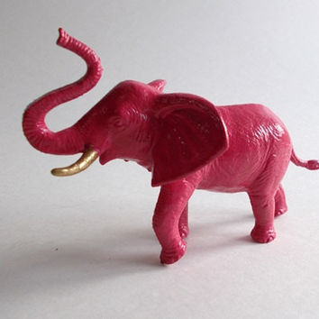Pink elephant figurines with gold tusks fuschia hot pink glossy high shine shiny bookends book ends