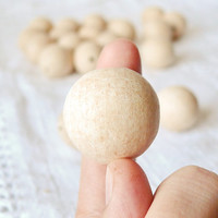 27 mm Wooden beads 25 pcs - natural eco friendly r27mm
