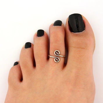 toe ring sterling silver toe ring curled swirl design adjustable toe ring (T-71) Also knuckle ring