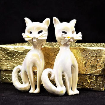 White Iridescent Kitty Brooches, Pair of Sitting Cats, Vintage Jewelry Brooches