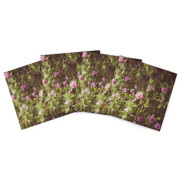 "Ann Barnes ""Lush"" Green Pink Indoor/Outdoor Place Mat (Set of 4)"