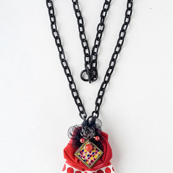 handmade necklace、OOAK、Flower necklace、Resin Necklace、Statement necklace、Costume jewelry、Alice in Wonderland、Oriental、kawaii necklace、art