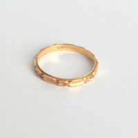 Art Deco Eternity Ring. 14k Gold. Wedding Band. Floral Stacking Ring. Blossom. 5.25 K.