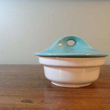 Vintage Mid Century USA Pottery Dish Turquoise and White E 600