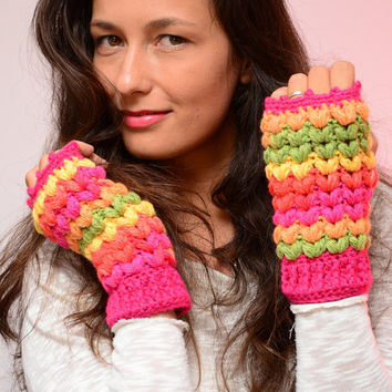 Multicolor crochet mittens,  bright color mittens, wool women's gloves, soft fingerless mitts, fall mittens, wool mittens. Gift for here.