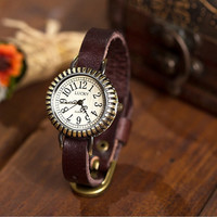 Women Leather Watch Vintage Style Wrist Watch (WAT0054)