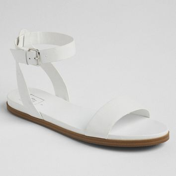Ankle-Strap Flat Sandals|gap