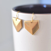 Triangle Arrowhead Dangle Earrings on Luulla