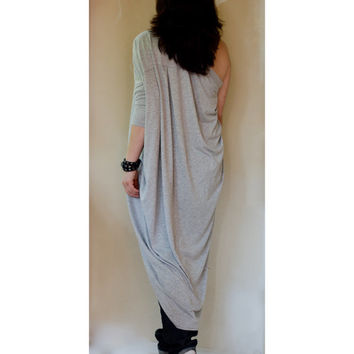 Grey One Shoulder Asymmetric Top / Plus Size One Shoulder Tunic / Draped Asymmetric Top/ Blouse/ One Shoulder Kaftan Top