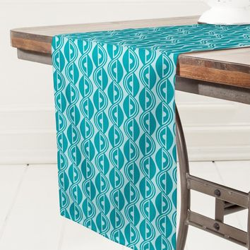 Heather Dutton Lazy Days Table Runner