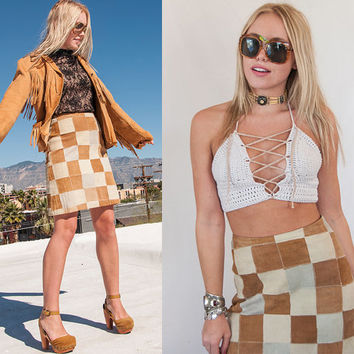 Taupe and Tan Suede Patcheork Mini Skirt 26 Waist Small S Womens 70s High Waisted Brown Neutral Leather Suede 1970s Boho 60s Mod Gogo Hippie