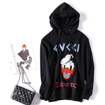 Women Hoodies Sweatshirts Cartoon Letter Donald Duck Pattern Loose Full Sleeve Fashion Black With A Hat PulloversM89196