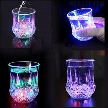 new fashion bright water sensor pineapple cup colorful light wine glass into the water is bright
