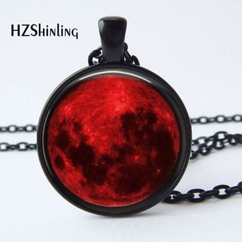 2017 New Arrival Blood Moon Pendant Necklace Nebula Astrology Gothic Galaxy Outer Space Mens Womens Glass cabochon jewelry HZ1