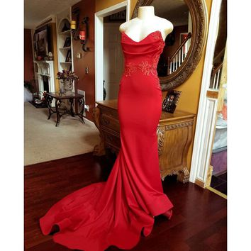 Sexy Strapless Cut Out Red Mermaid Evening Dress 2018 High Quality Elastic Satin Beaded Appliques Long Formal Dresses Cheap