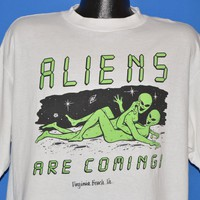 90s Aliens Are Coming Virginia Beach t-shirt Extra Large