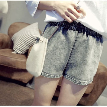 Washed Denim Elastic Waist Shorts With  Single Back Pocket