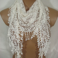 Ivory Lace Guipure Scarf-Limited Time Offer Returned Back- Don't Miss It.